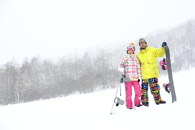 スノーボード初心者が必要な持ち物や服装、道具まとめ!