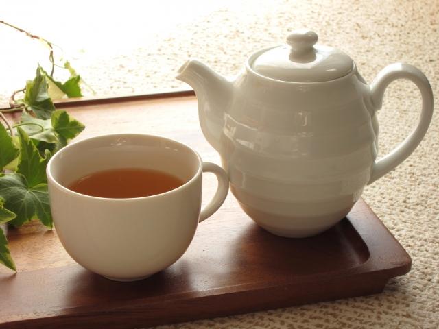 重曹やクエン酸で楽ちん!コーヒーカップや水筒についた茶渋の落とし方