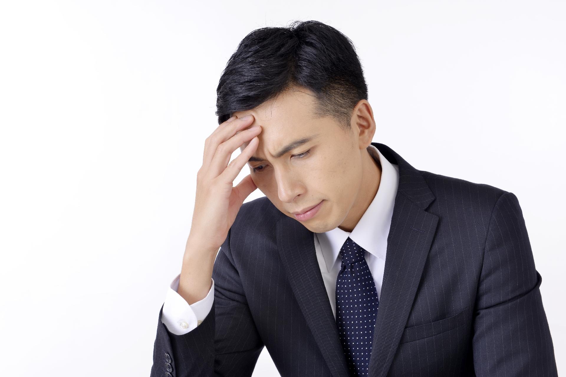 上司や人間関係を考えたら吐き気が…会社に行きたくないし辞めたい時に考えるべきこと