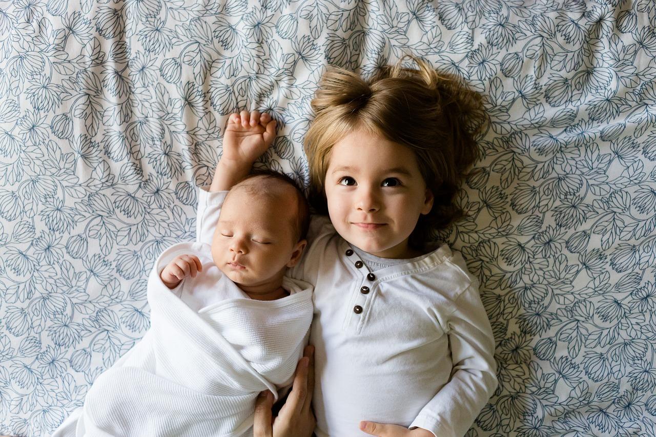 兄弟間の愛情格差が起きる原因ってなんだろう?将来への影響を防ぐために母親ができること