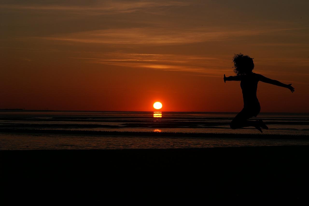 sunrise-2008490_1280